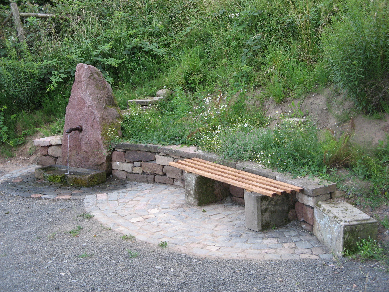 Weidenbrunnen 001
